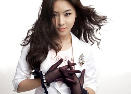 Die schöne südkoreanische Schauspielerin Ha Ji-Won