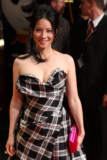 Die schöne Hollywood-Schauspielerin Lucy Liu